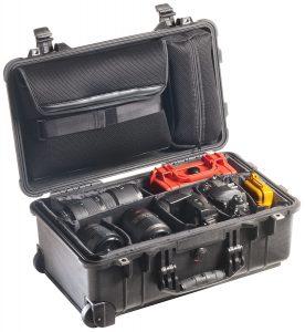 Защитный кейс - чемодан для фототехники