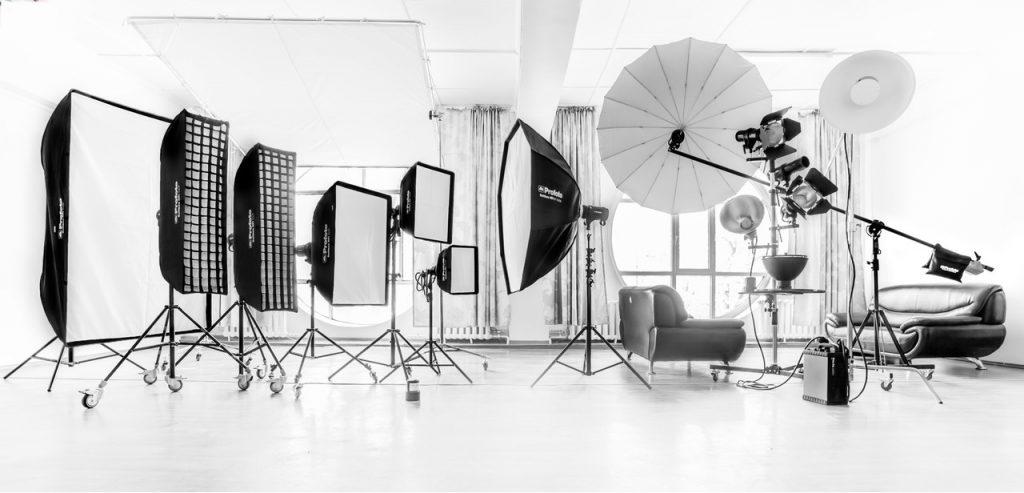 Световое оборудование для студийной съёмки