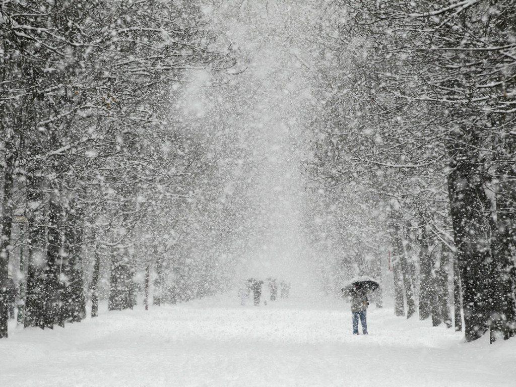Как снять снегопад